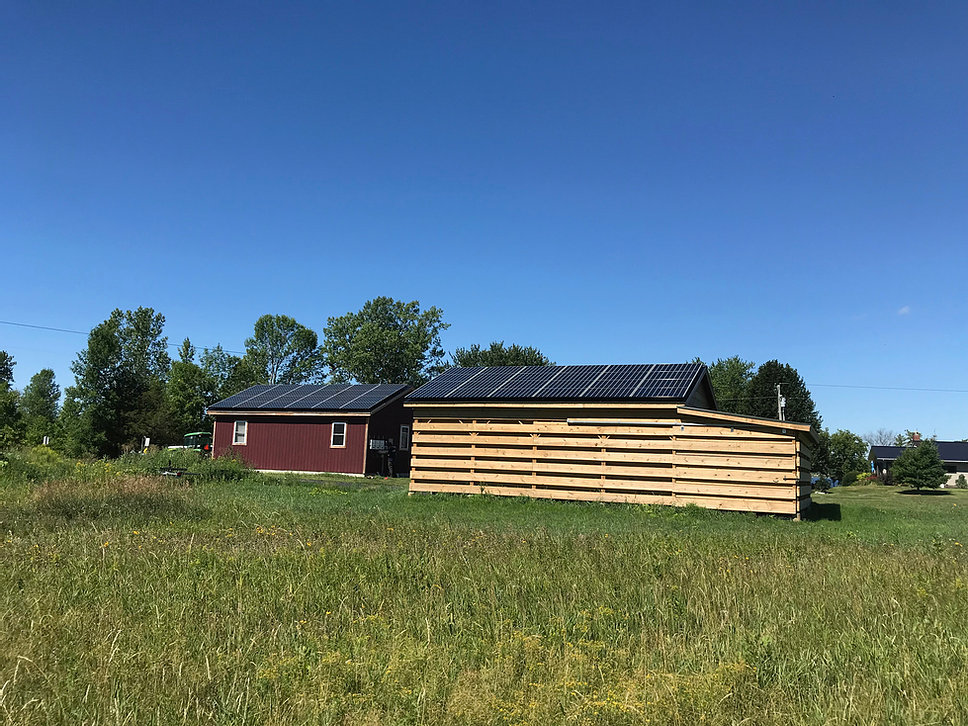 96 Panel LG 350w NeonR Array <p>Alburgh, VT Solar Installation</p>